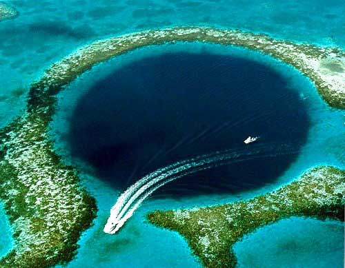 Attraits touristiques au Belize : Great Blue Hole
